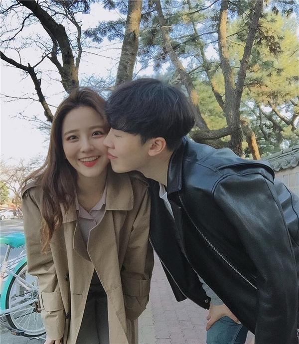 Thêm 1 cô gái Hàn xinh đẹp và đáng yêu 'phát ngất' gây sốt MXH - Ảnh 8