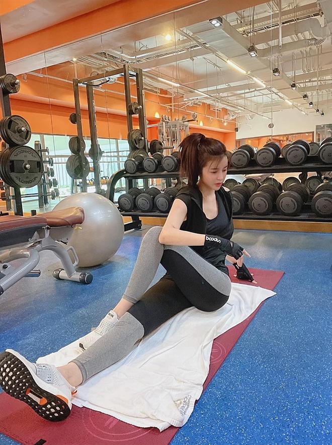 Cao Thái Hà lộ ảnh gầy trơ xương: 'Giảm 5 kg trong 10 ngày' - Ảnh 2