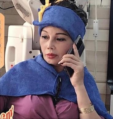 Cô dâu 62 tuổi khoe nhan sắc hậu PTTM, CĐM hỏi có dùng app? - Ảnh 4