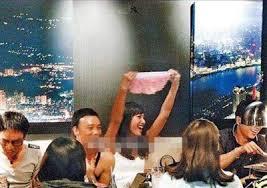 Sao Hoa ngữ quá chén: Người bất tỉnh nhân sự, người khoe cả nội y - Ảnh 8