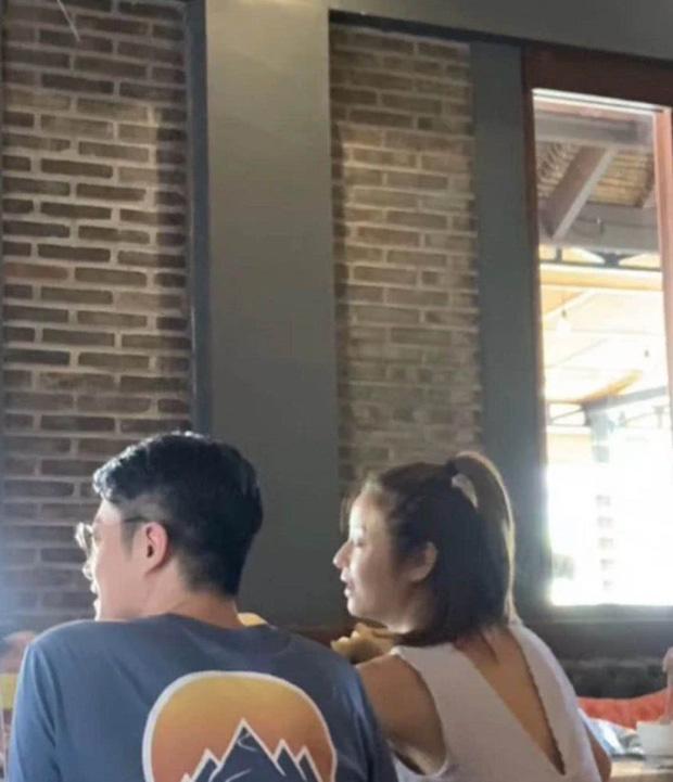 Vợ chồng Hoắc Kiến Hoa - Lâm Tâm Như gây tranh cãi khi đi du lịch bất chấp dịch bệnh corona - Ảnh 1