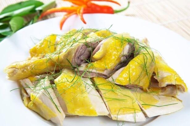 Thịt gà rất bổ nhưng những người này không nên ăn kẻo rước thêm bệnh vào người - Ảnh 1