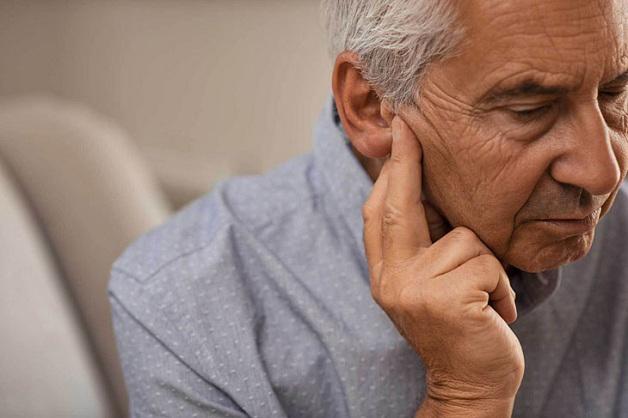 Thủ thuật điều trị chứng ù và điếc tai - Ảnh 1