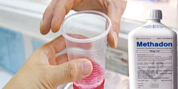 Uống nhầm chất thay thế ma túy trong tủ lạnh gia đình, học sinh 15 tuổi bị ngộ độc, hôn mê - Ảnh 1