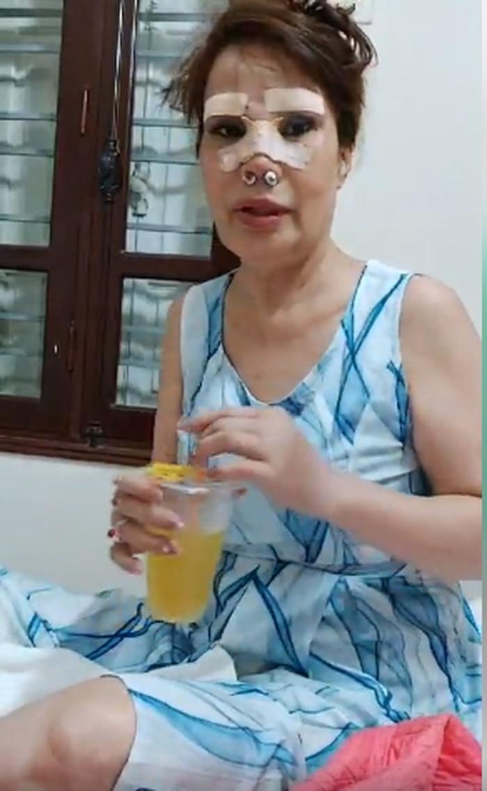 'Cô dâu 62 tuổi' tiếp tục chi 50 triệu đồng để 'tân trang nhan sắc' sau gần một năm 'đại trùng tu' - Ảnh 2