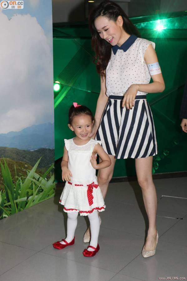 Đời thăng trầm của 3 mỹ nhân TVB cùng tên Kỳ: Người nuôi con thiểu năng, kẻ không chồng mà chửa - Ảnh 11