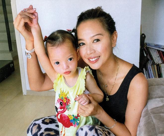 Đời thăng trầm của 3 mỹ nhân TVB cùng tên Kỳ: Người nuôi con thiểu năng, kẻ không chồng mà chửa - Ảnh 8
