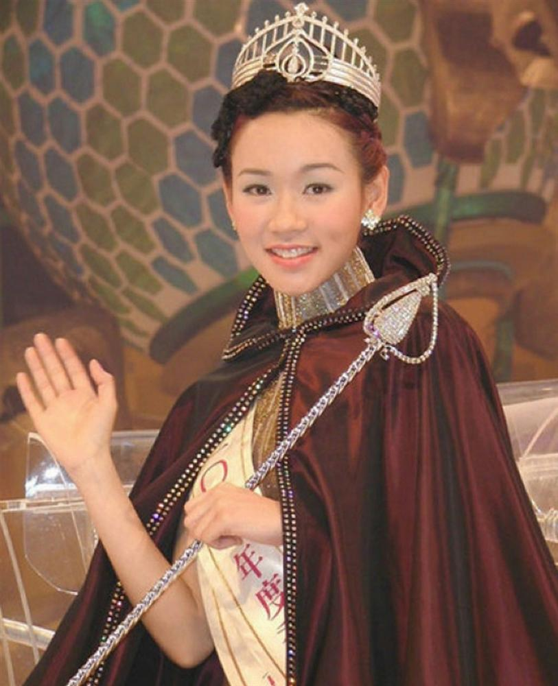 Đời thăng trầm của 3 mỹ nhân TVB cùng tên Kỳ: Người nuôi con thiểu năng, kẻ không chồng mà chửa - Ảnh 9