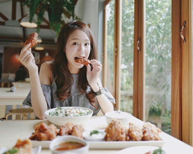 7 thói quen ăn tối khiến cơ thể bị tổn thương, rút ngắn tuổi thọ - Cái thứ 2 đa số người Việt đều mắc phải - Ảnh 1