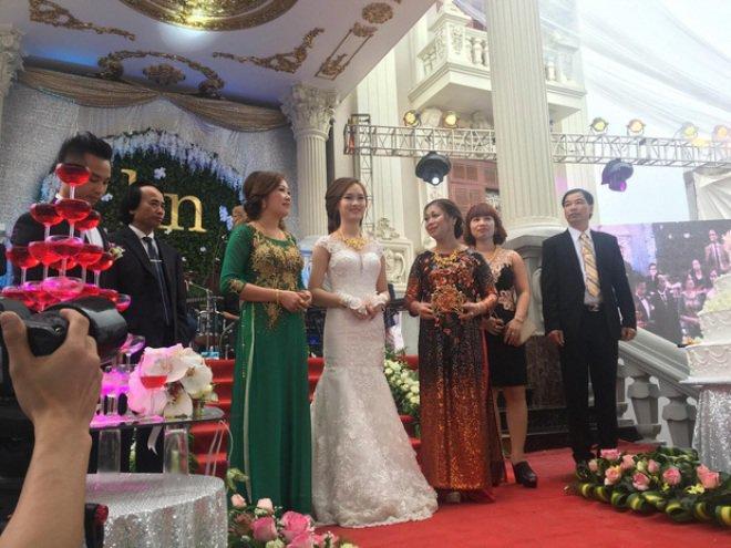 4 cặp đôi con nhà đại gia Việt tổ chức siêu đám cưới tiền tỷ giờ ra sao? - Ảnh 3