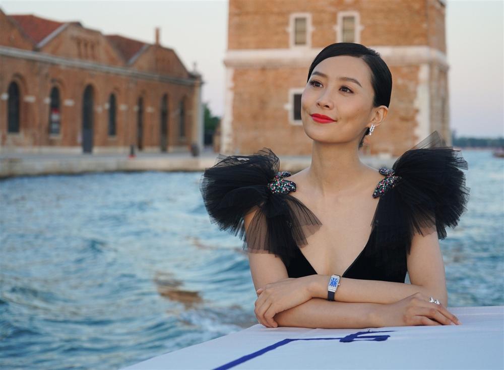 Mỹ nhân TVB gia nhập đế chế Marvel: Hoa hậu làm dâu hào môn bị ép buộc để chồng ngoại tình - Ảnh 1