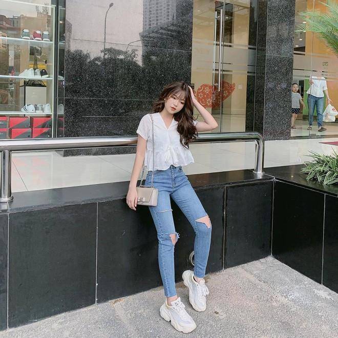 Nụ cười tỏa sáng, hot girl Việt làm điên loạn báo Trung Quốc - Ảnh 8