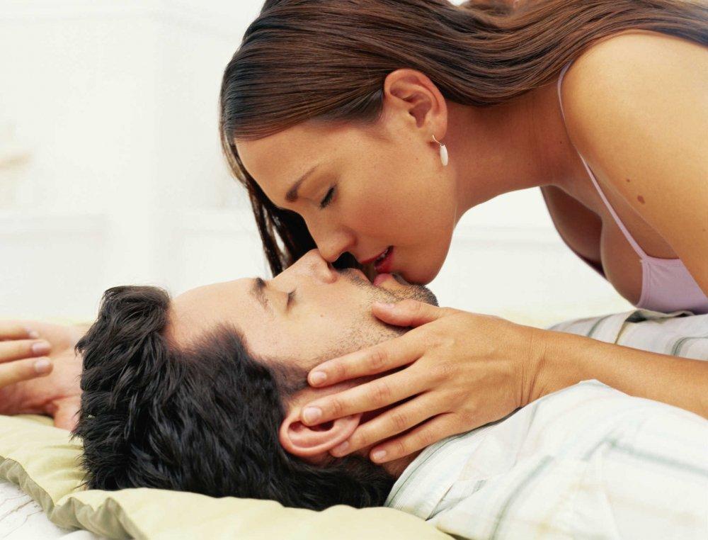 Học bí quyết của 'gái hư' để chiều chồng, cô nàng 9x luôn khiến chồng 'chết mệt' mỗi khi đêm về - Ảnh 1