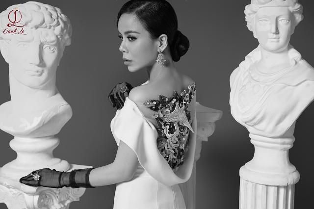 Hoa hậu Oanh Lê tung bộ ảnh đẹp từng centimet nhưng đôi mắt mới là điểm nhấn ấn tượng - Ảnh 6
