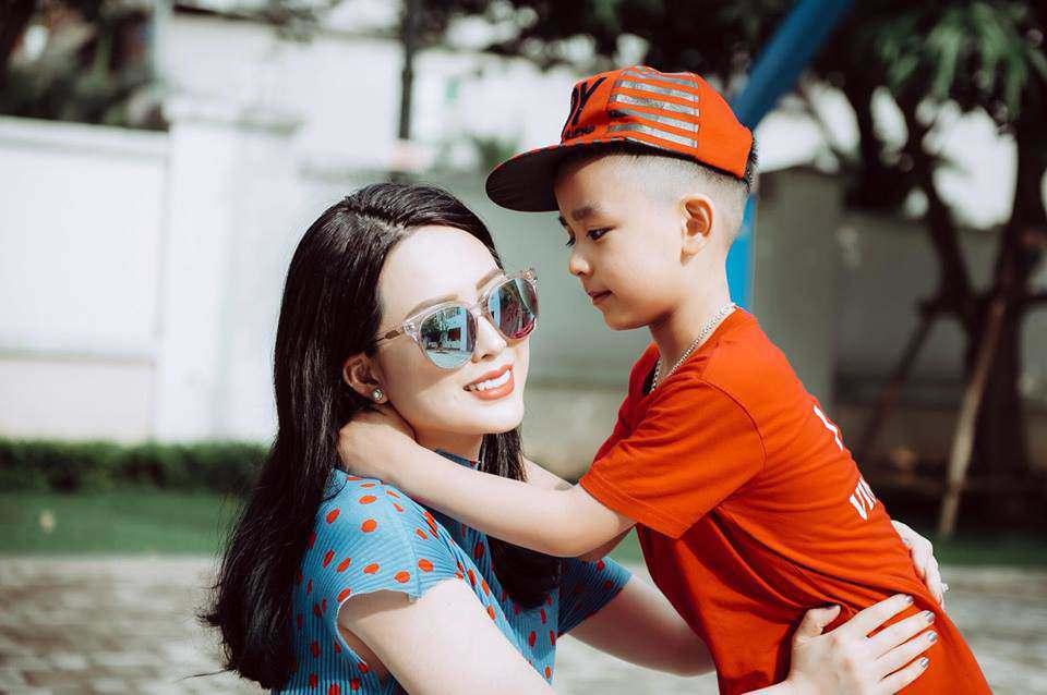 4 nữ đại gia Thanh Hoá kiếm tiền như nước, đã đẹp nõn nà lại đảm chăm con - Ảnh 3