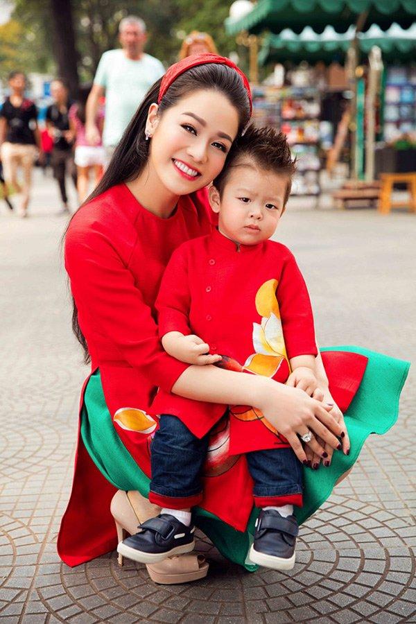 4 nữ đại gia Thanh Hoá kiếm tiền như nước, đã đẹp nõn nà lại đảm chăm con - Ảnh 11