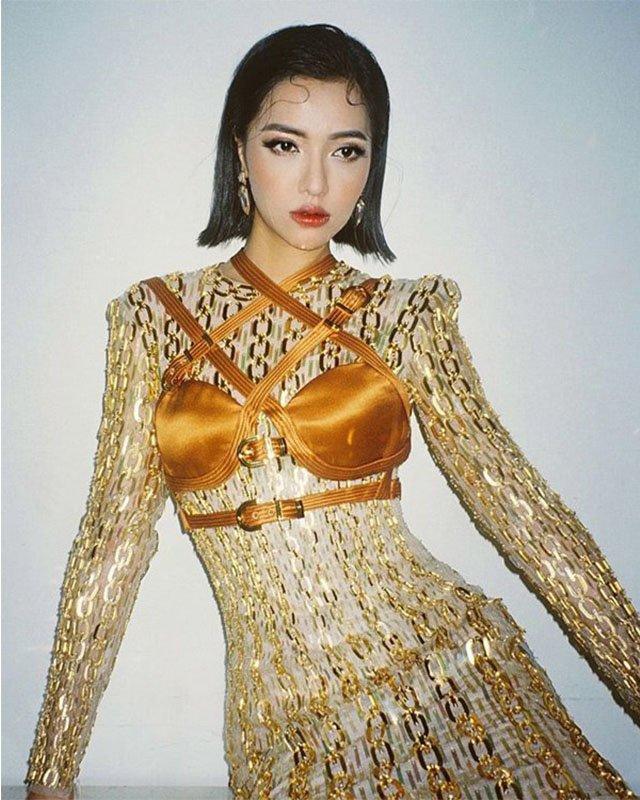 Diện nội y bên ngoài, loạt mỹ nhân Việt nhận về cái kết 'thảm họa thời trang' - Ảnh 3