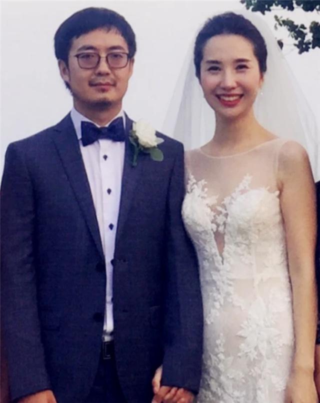 Chủ tịch Taobao và mỹ nhân 8X khốn đốn ra sao khi lộ vụ ngoại tình? - Ảnh 1