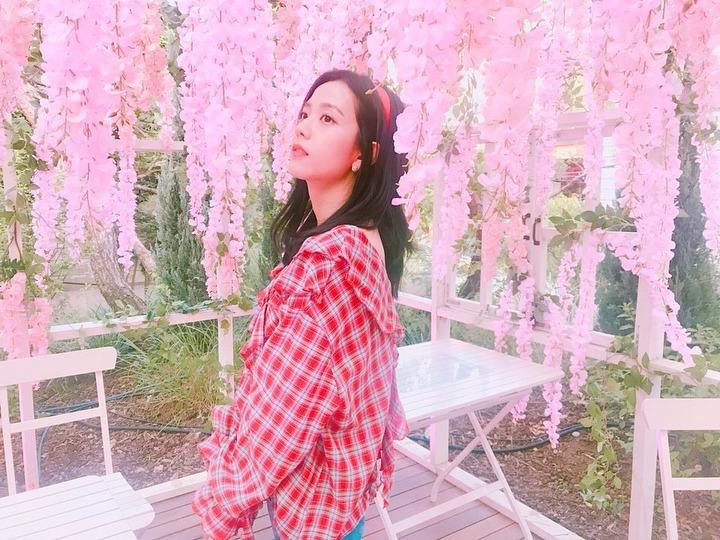 4 idol Hàn có style đời thường đặc trưng - Ảnh 10