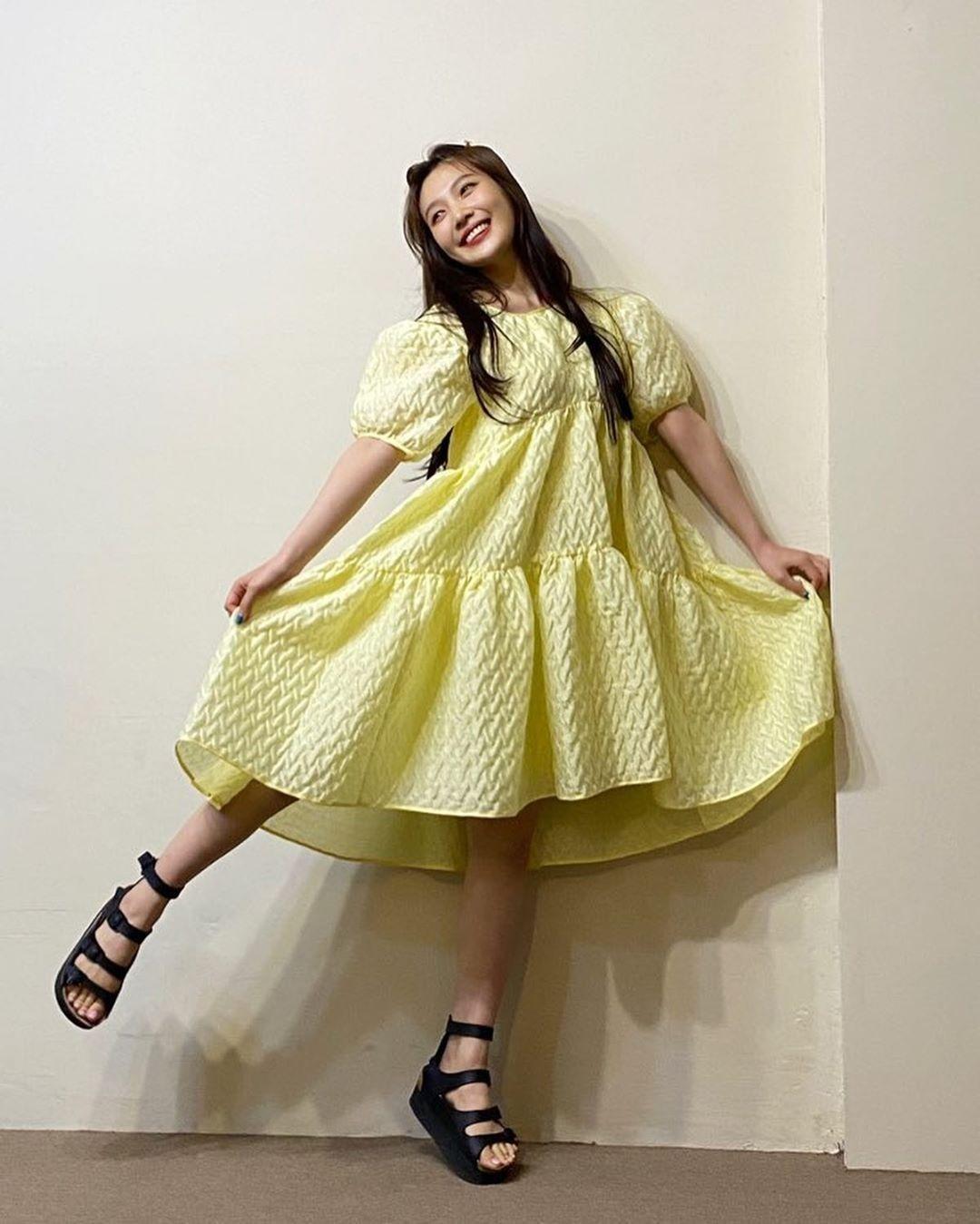 4 idol Hàn có style đời thường đặc trưng - Ảnh 3