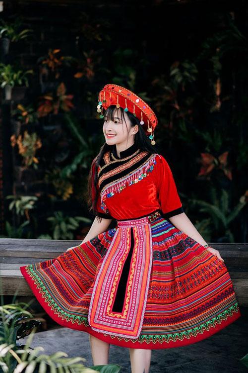Chiêm ngưỡng nhan sắc tựa 'nữ thần' của hot girl Việt được báo Trung Quốc hết lời ca ngợi - Ảnh 6