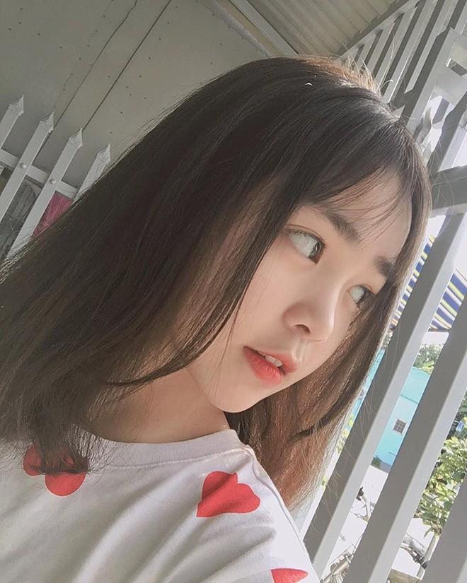 Dàn hot girl Việt 2K4 'làm loạn' Tik Tok bằng loạt tài khoản triệu follow - Ảnh 9