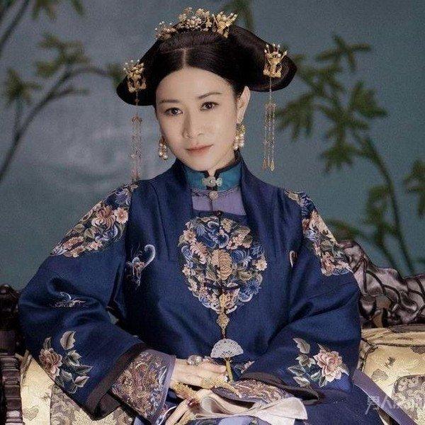 5 nàng Hoa đán sự nghiệp lẫy lừng nhưng sống đời cô độc của TVB - Ảnh 1
