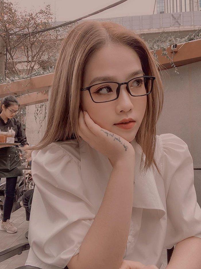 Giữa tin đồn Quang Hải yêu lại từ đầu với Nhật Lê, động thái mới của Huyền My khiến fan càng thêm khẳng định 'chia tay thật rồi' - Ảnh 1