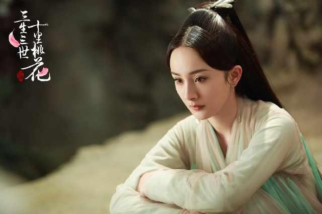 Top mỹ nhân Hoa ngữ mặc trang phục cổ trang đẹp nhất: Dương Mịch xuất thần nhưng vẫn ngậm ngùi đứng sau mỹ nhân này - Ảnh 7