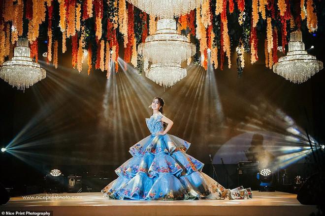 """Nàng thiên kim tiểu thư Philippines khiến """"vạn người mê"""" vì mặc đẹp như công chúa - Ảnh 2"""