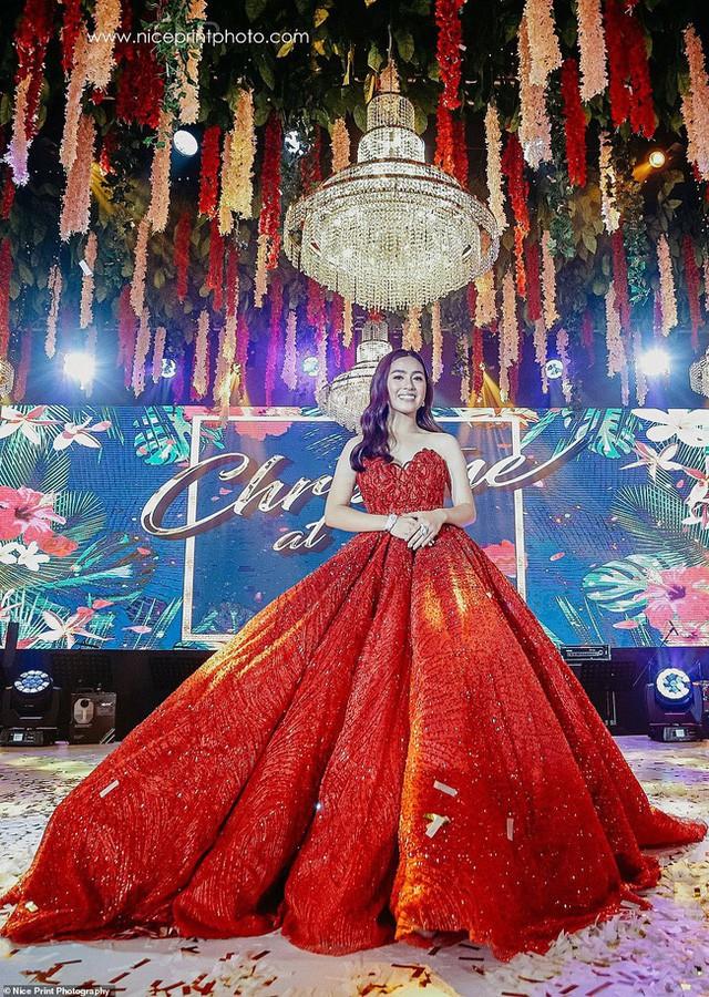 """Nàng thiên kim tiểu thư Philippines khiến """"vạn người mê"""" vì mặc đẹp như công chúa - Ảnh 5"""