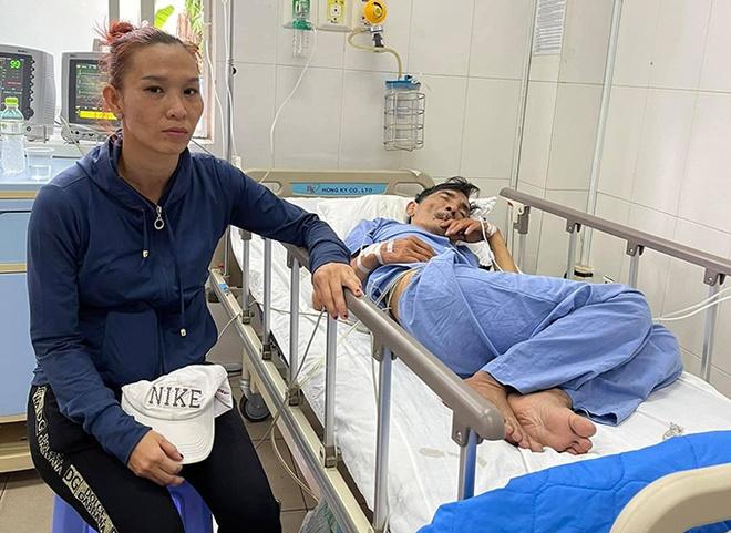 Vợ Thương Tín: 'Anh đòi ra viện vì không có tiền' - Ảnh 1