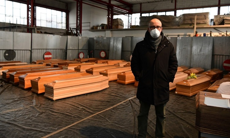 Số người chết do nCoV ở Italy vượt 8.000 - Ảnh 1