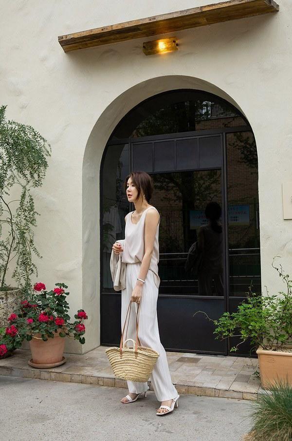 Những kiểu quần dài cứ mặc là đẹp là mát bất chấp nắng nóng thế nào - Ảnh 6