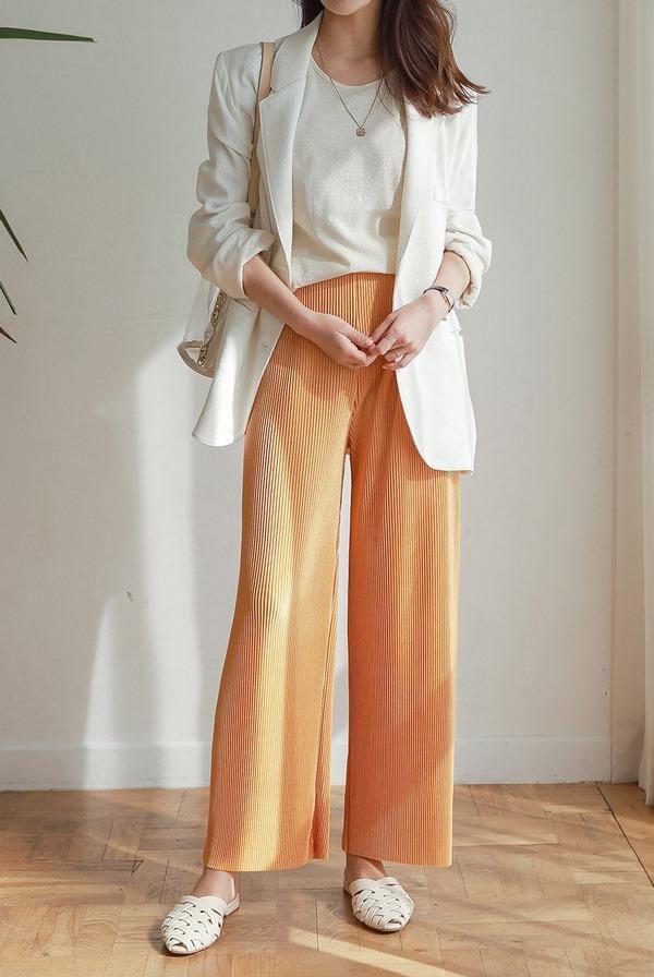 Những kiểu quần dài cứ mặc là đẹp là mát bất chấp nắng nóng thế nào - Ảnh 7