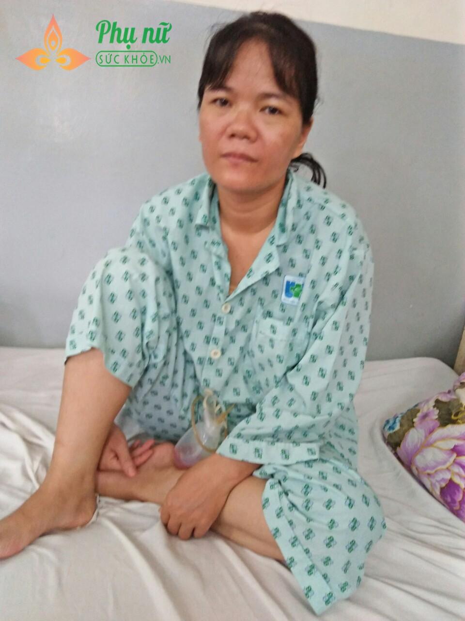 Ngày 25/05/2019, chị Trinh vừa trải qua ca phẫu thuật cắt bỏ vú phải do khối u ở vú trái di căn