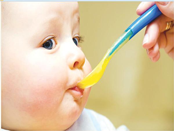 Trẻ tiêu chảy dễ nguy kịch do phụ huynh điều trị sai - Ảnh 2
