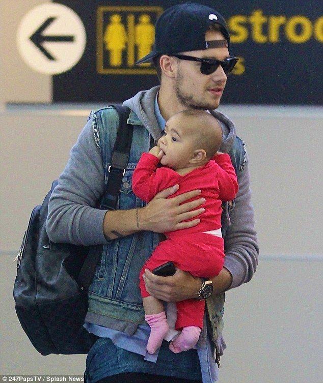 Gigi Hadid đang mang thai đứa con đầu lòng của Zayn Malik - Ảnh 2