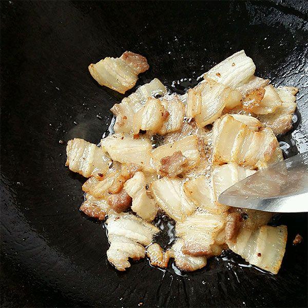 Thịt ba chỉ rang cháy cạnh với loại rau này, người khó tính mấy cũng khen ngon - Ảnh 3