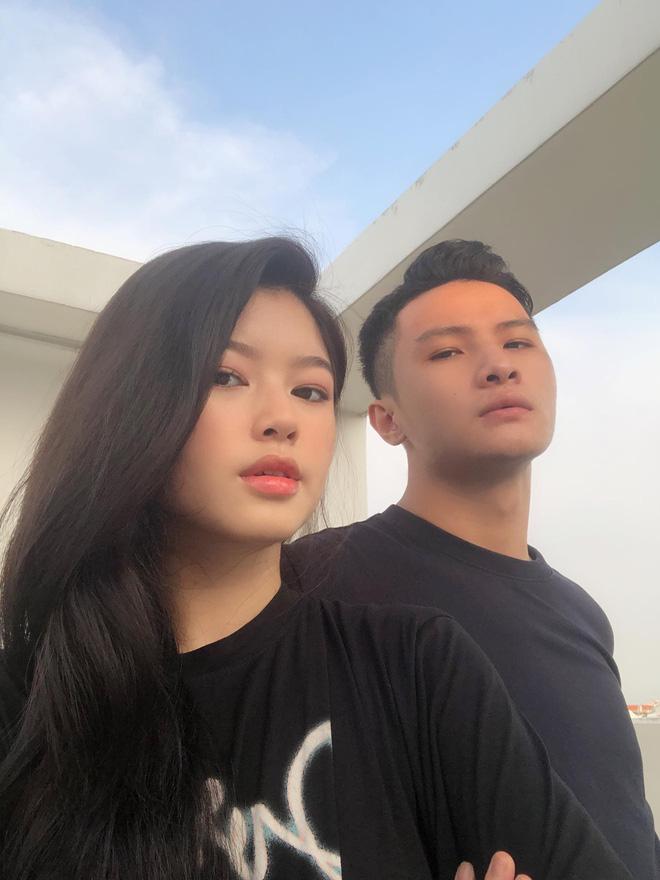 Bắt chước cặp đôi Hàn Quốc 'sống ảo' bất chấp, couple trai xinh gái đẹp vẫn được khen vì quá dễ thương - Ảnh 9