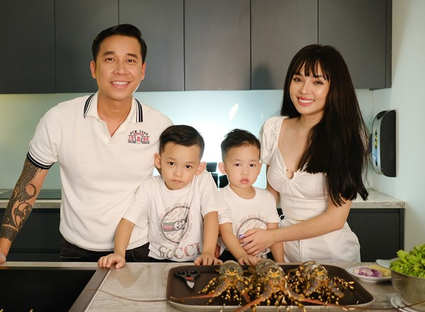 Bỏ showbiz sinh liền 2 con với Lê Hoàng, hotgirl Đà Nẵng giờ đẹp nõn nà, ở nhà 40 tỷ - Ảnh 2