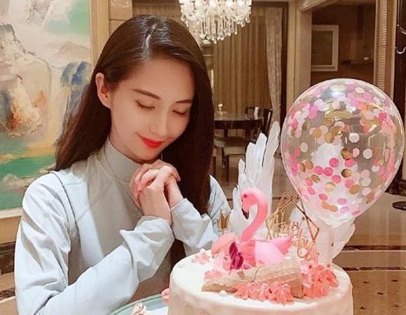 Cuộc sống hiện tại của 'nữ thần phim cấp 3' từng cướp người yêu Lâm Tâm Như, khiến Châu Kiệt Luân si mê theo đuổi - Ảnh 9