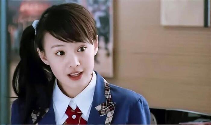 Ba nữ nghệ sĩ trẻ nổi tiếng nhất của trường Bắc Ảnh: Lưu Diệc Phi nổi tiếng khi còn trẻ, Trịnh Sảng trở thành 'Nữ hoàng top tìm kiếm' - Ảnh 5