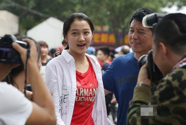 'Thần đồng diễn xuất' Trương Tử Phong bị tố có chút tiếng đã mắc bệnh ngôi sao - Ảnh 8