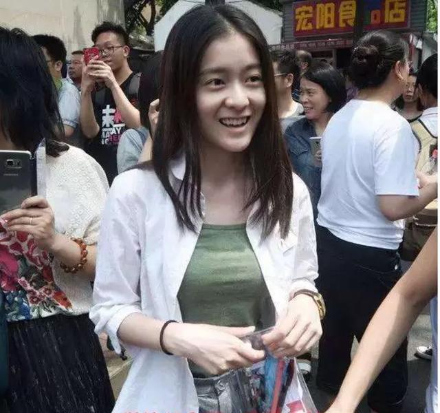 'Thần đồng diễn xuất' Trương Tử Phong bị tố có chút tiếng đã mắc bệnh ngôi sao - Ảnh 15