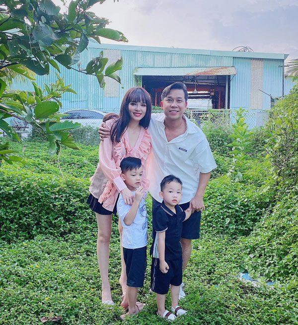 Bỏ showbiz sinh liền 2 con với Lê Hoàng, hotgirl Đà Nẵng giờ đẹp nõn nà, ở nhà 40 tỷ - Ảnh 6