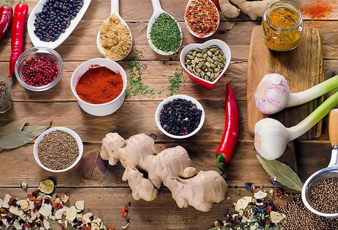 Ưu tiên lựa chọn thực phẩm gì để tăng cường sức đề kháng phòng chống covid-19? - Ảnh 1