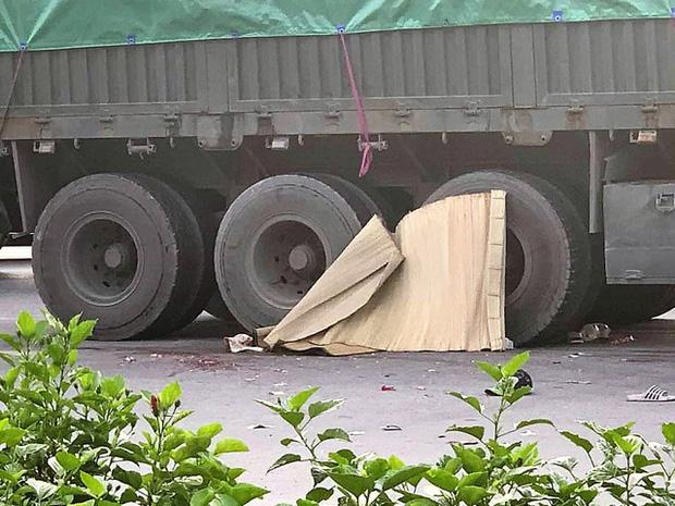 Vụ 3 bố con thương vong vì va chạm với container ở Hải Phòng: Chưa kịp vui được về nhà mới thì gặp nạn - Ảnh 1