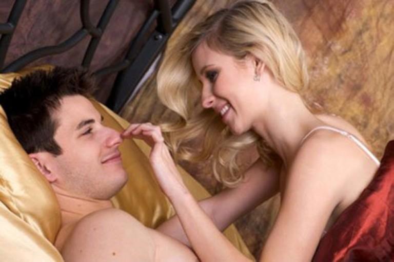 Đá lạnh 'vũ khí' bí mật khiến chàng rung bật khi 'yêu', làm 1 lần cả đời chồng chẳng muốn đi ngoại tình - Ảnh 1