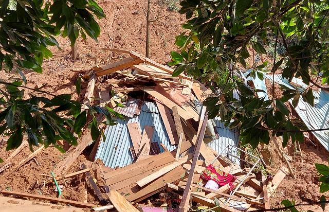 Danh tính 8 người tử vong trong vụ sạt lở đất ở Trà Vân, nạn nhân nhỏ nhất chưa đầy 1 tuổi - Ảnh 1